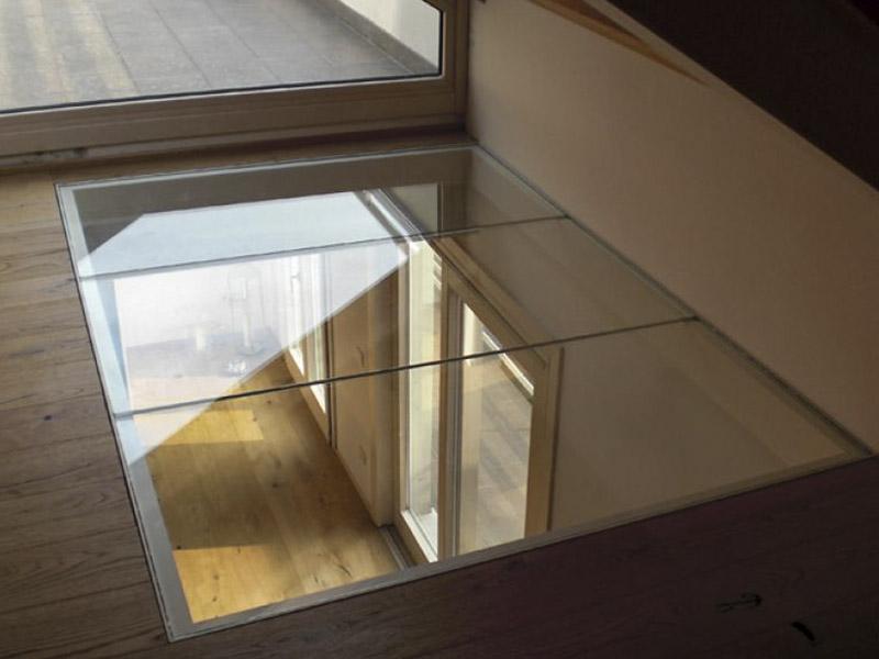 Soppalco in vetro conoscerlo per innovare la casa - Parapetti scale in vetro ...