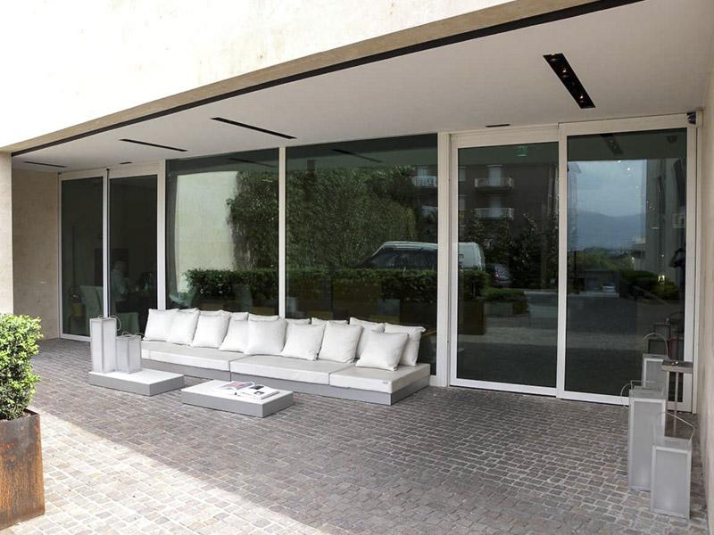 Porte d 39 ingresso automatiche in vetro design ed ecologia - Porte ingresso vetro ...