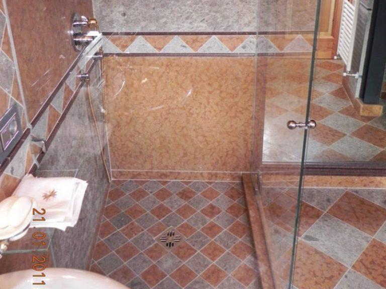Box doccia in vetro satinato e cabine doccia in cristallo satinato